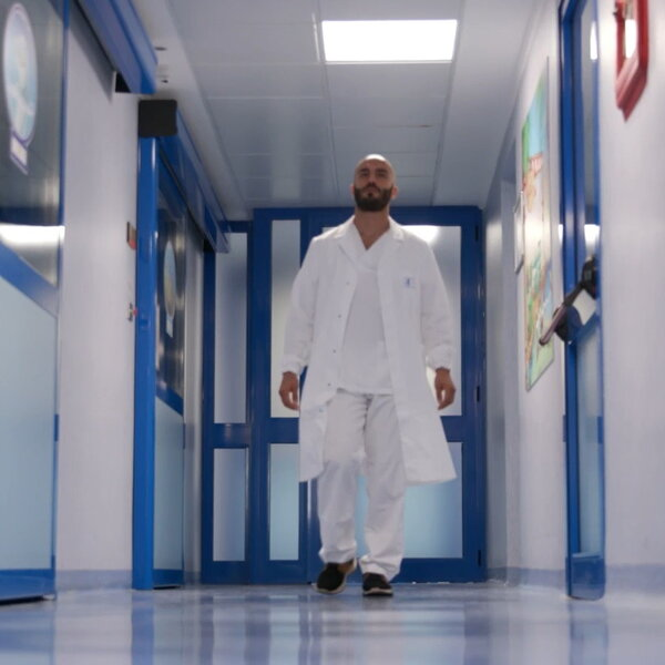 Dottori in corsia: nella sesta puntata le storie di Sveva e Carmelo raccontate da Federica Sciarelli