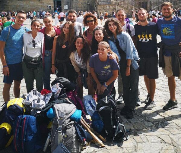 Gli studenti delle Lauree Infermieristiche in pellegrinaggio verso la tomba dell'Apostolo Giacomo