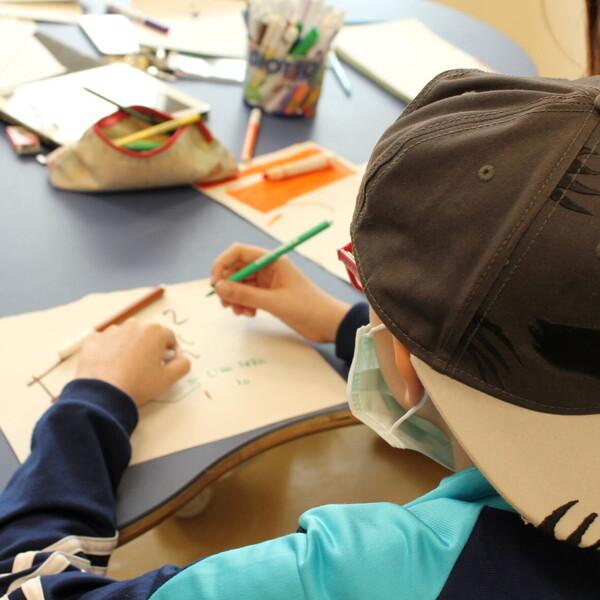 Un anno di test salivari su 1200 studenti e insegnanti, pochi casi positivi e nessun contagio in classe